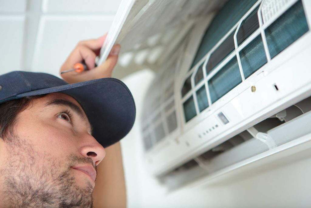 Get Your Air Conditioner Ready before Calling in a Pro Technician